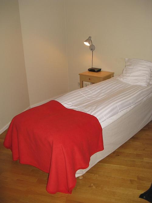 hotelzimmer_einzelbett